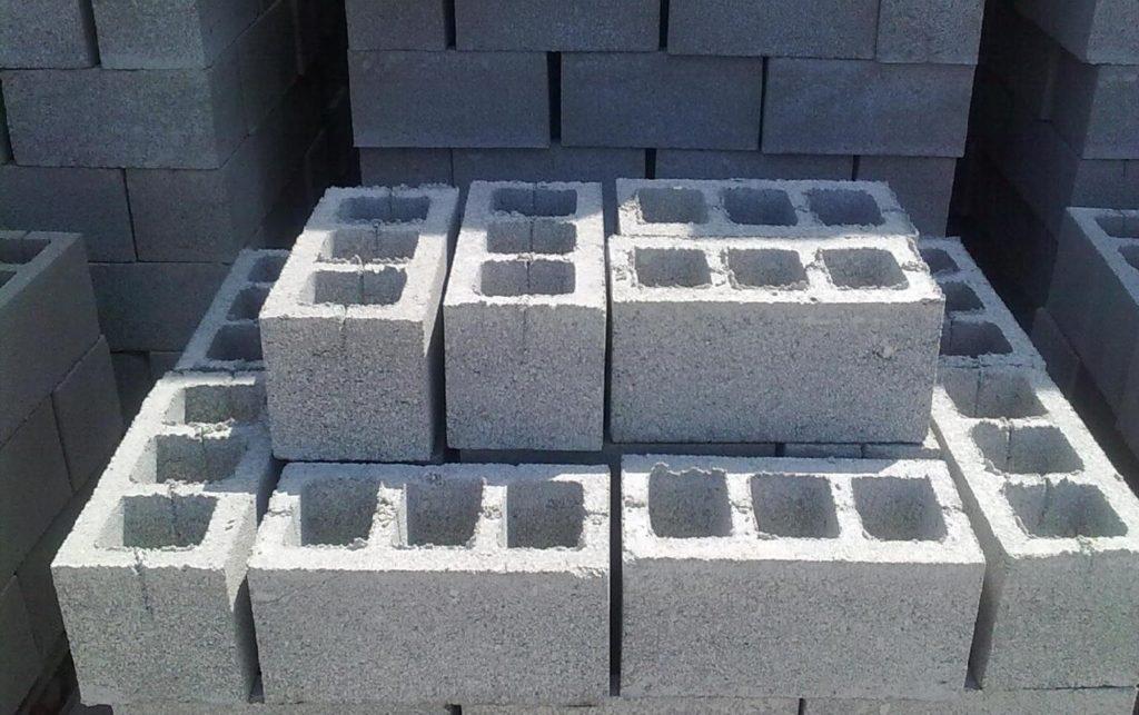 Строительные блоки с отверстиями: особенности, назначение, разновидности